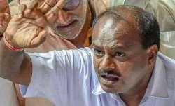 I am not a parrot domesticated by Siddaramaiah says HD Kumaraswamy- India TV Paisa