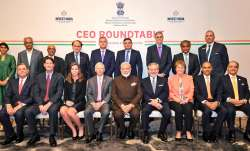 Narendra Modi meets CEOs from energy sector in US, PM asks 'Howdy Houston' before 'Howdy Modi' even- India TV Paisa