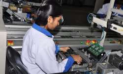 Manufacturing mobile phones for person with disabilities to be made mandatory- India TV Paisa