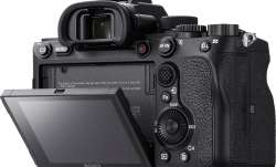 Sony a7R full frame mirrorless camera launched in India at Rs 2,99,990- India TV Paisa