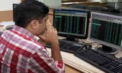 Sensex plunges 297 pts; IndusInd Bank tanks 6.15 pc- India TV Paisa