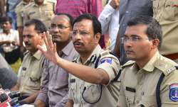 Cyberabad Police Commissioner VC Sajjanar, who carried...- India TV Paisa