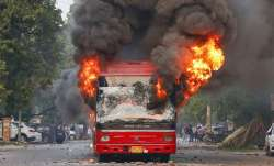 Jamia Bus Burnt- India TV Paisa