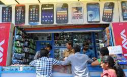 Mobile industry seeks GST rate cut for phones up to Rs 1,200- India TV Paisa