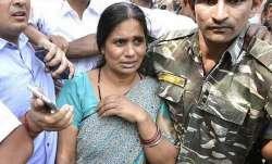 उन्नाव की बेटी की मौत पर पूरे देश में गुस्सा, निर्भया की मां ने की केस दिल्ली ट्रांसफर करने की मांग- India TV Paisa