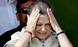कांग्रेस अध्यक्ष सोनिया गांधी- India TV Paisa