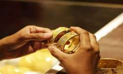 Gold rises by Rs 32, silver gains Rs 116- India TV Paisa