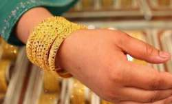 Gold rises Rs 63 on weak rupee, global cues- India TV Paisa