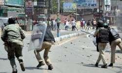 झारखंड के लोहरदगा में हिंसा के बाद कर्फ्यू, स्कूल-कॉलेज 2 दिन के लिए बंद किए गए- India TV Paisa