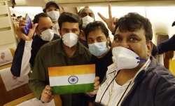 जापान के डायमंड प्रिंसेस पर फंसे 119 भारतीय नई दिल्ली पहुंचे- India TV Paisa