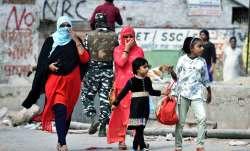 दंगाग्रस्त उत्तरपूर्वी दिल्ली में हालात शांतिपूर्ण, लोग धीरे-धीरे उबरने की कर रहे कोशिश - India TV Paisa