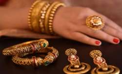 Gold prices rise Rs 75, silver gains Rs 147- India TV Paisa