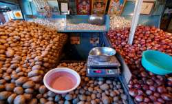 Govt portal to alert about price crash in staple vegetables- India TV Paisa