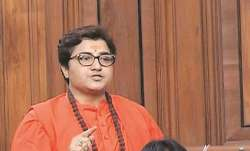 राकेश मारिया के खुलासे के बाद प्रज्ञा ठाकुर का हमला, कांग्रेस को बताया भारत में पाकिस्तान का स्लीपर - India TV Paisa