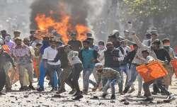 दिल्ली में हुए हिंसा में अबतक 5 लोगों की मौत, तैनात की गई पैरामिलिट्री फोर्स की 15 कंपनियां- India TV Paisa