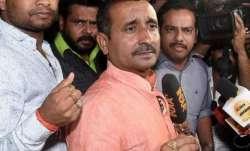 उन्नाव गैंगरेप मामला: कुलदीप सेंगर की विधानसभा सदस्यता समाप्त, अधिसूचना जारी- India TV Paisa