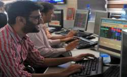 Sensex snaps 4-session slide, soars 429 pts- India TV Paisa