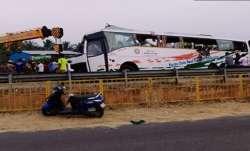 तमिलनाडु में सड़क दुर्घटना में 17 लोगों की मौत, कई घायल- India TV Paisa