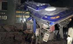 Pakistan Train, Pakistan Express, Pakistan Train Sukkur, Pakistan Train Accident- India TV Paisa