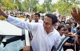 Madhya-Pradesh-Kamal-Nath-says-officials-supporting-BJP-will-be-punished- Khabar IndiaTV