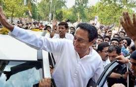 Madhya-Pradesh-Kamal-Nath-says-officials-supporting-BJP-will-be-punished- Khabar IndiaTV