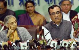 Sheila Dikshit and Ajay Maken | PTI Photo- Khabar IndiaTV