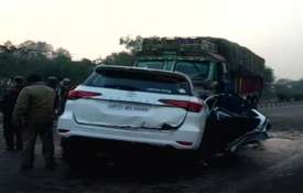 UP road accident- Khabar IndiaTV