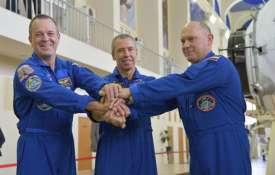 Ricky Arnold, Drew Feustel and Oleg Artemyev | NASA- Khabar IndiaTV