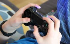 13-year-old girl dead after 9-year-old brother shoots her over video game controller | Pixabay- Khabar IndiaTV