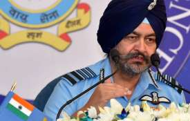 Chinese Air Force increasing deployment in Tibet, says IAF Chief BS Dhanoa- Khabar IndiaTV