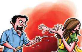 <p>Acid attack on 3 girls in...- Khabar IndiaTV