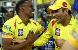 IPL 12 के लिए चेन्नई सुपरकिंग्स ने धोनी, रैना समेत 22 खिलाड़ियों को किया रिटेन, ये तीन खिलाड़ी हुए ब- India TV