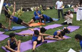 <p>Yoga is completely suitable for...- Khabar IndiaTV