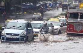 भारी बारिश के चलते...- Khabar IndiaTV