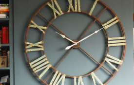 clock- Khabar IndiaTV