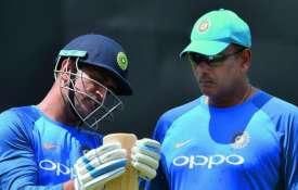 एम एस धोनी और रवि...- Khabar IndiaTV
