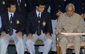 भारत रत्न पूर्व प्रधानमंत्री अटल बिहारी वाजपेयी - Khabar IndiaTV