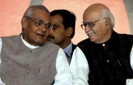अटल-आडवाणी की जोड़ी भाजपा को कांग्रेस विरोधी राजनीति से आगे राष्ट्रीय फलक कें केंद्र में लेकर आई- Khabar IndiaTV