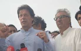 Imran Khan and Arif Alvi | Facebook Photo- IndiaTV Paisa