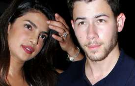 <p>priyanka chopra and nick...- IndiaTV Paisa