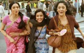 Sridevi with Sujata Kumar in English Vinglish- Khabar IndiaTV