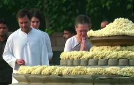 Sonia Gandhi Rahul Gandhi pay tribute to...- Khabar IndiaTV