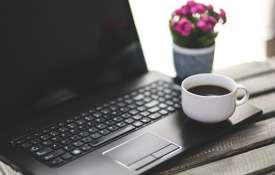 कॉफी-डार्क...- India TV