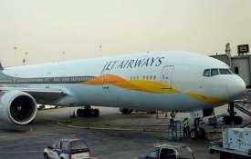 जेट एयरवेज के क्रू मेंबर्स ने की एक गलती और यात्रियों के नाक-कान से निकलने लगा खून- India TV