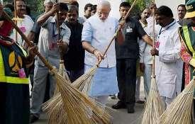 PM मोदी आज करेंगे 'स्वच्छता ही सेवा आंदोलन' का शुभारंभ, दो हजार लोगों को लिखे खत- India TV