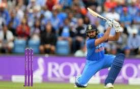 रोहित शर्मा ने दिखाया विस्फोटक अंदाज, 2 गेंदों में बना डाले 16 रन, जानें कैसे- India TV