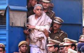 Sant Rampal sentence in satlok ashram case live updates - India TV