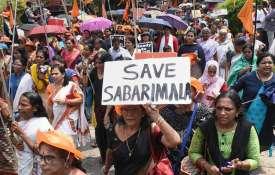 Sabarimala Temple: मंदिर में महिलाओं के प्रवेश को लेकर विरोध प्रदर्शन, कई गिरफ्तार- India TV