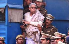 रामपाल को आज कोर्ट सुनाएगी सजा, छावनी में तब्दील हुआ हिसार- India TV
