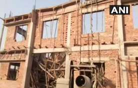 Shahjahanapur An under construction building has...- India TV